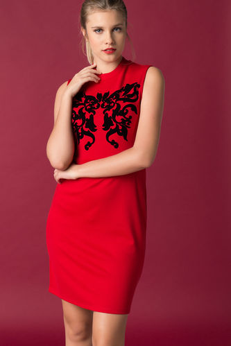 DeFacto Önü Desenli Kolsuz Elbise