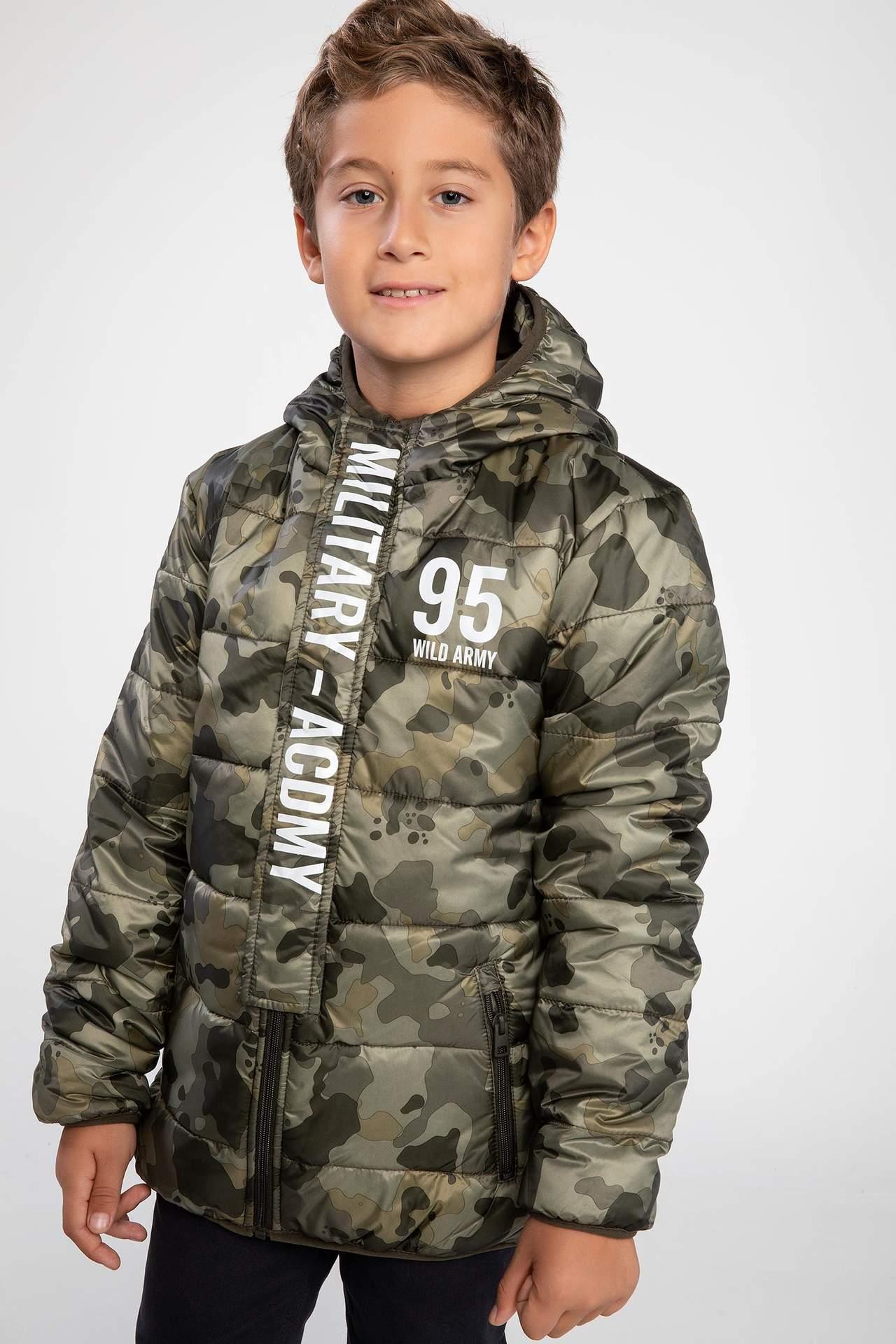DeFacto Erkek Çocuk Kapüşonlu Mont Haki male