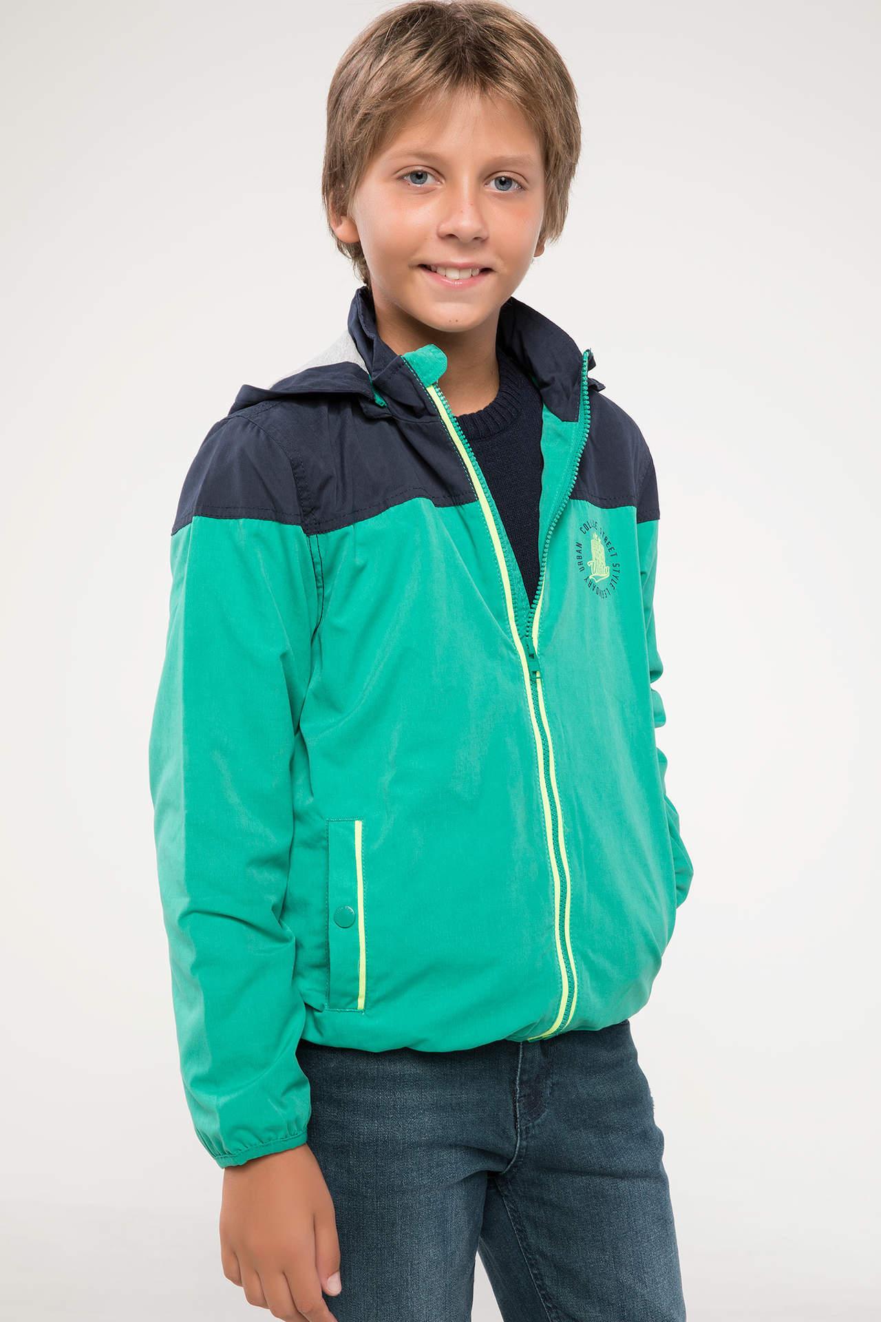 DeFacto Erkek Çocuk Kapüşonlu Mont Yeşil male