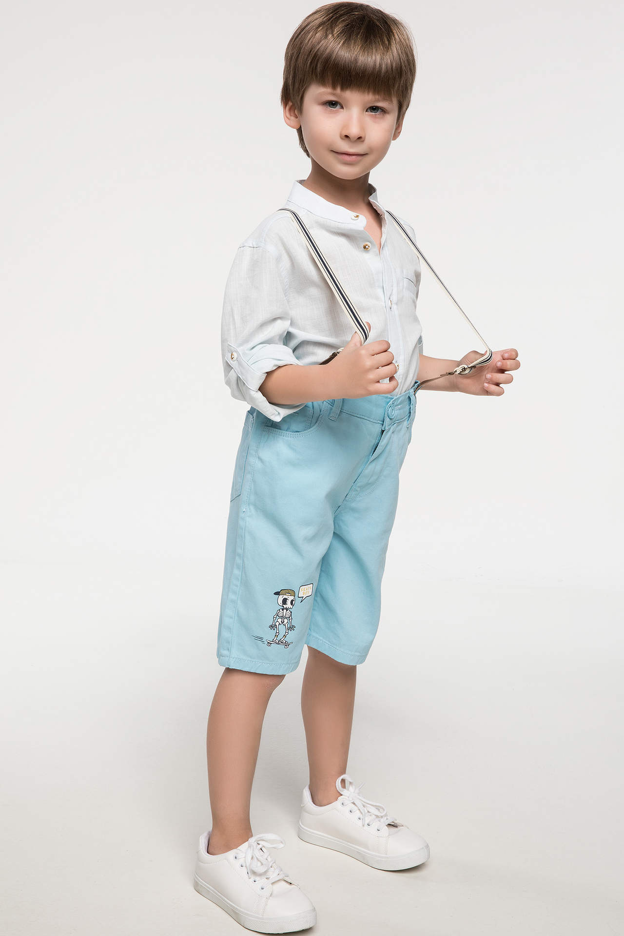 DeFacto Erkek Çocuk Paça Ucu Baskılı Askılı Pantolon Mavi male