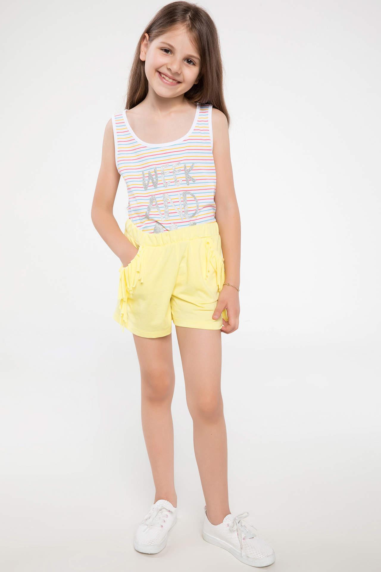 DeFacto Kız Çocuk Püskül Detaylı Mini Şort Sarı female
