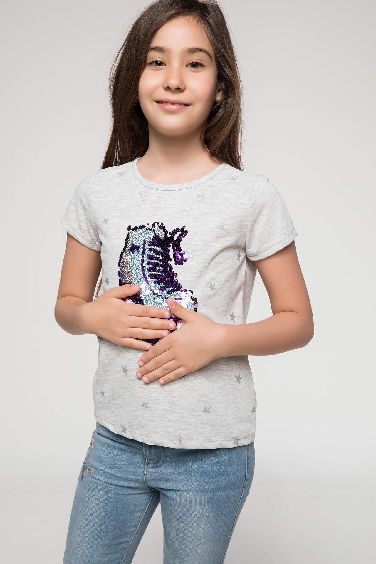 DeFacto Kız Çocuk Payet Detaylı Paten Baskılı T-shirt Gri female