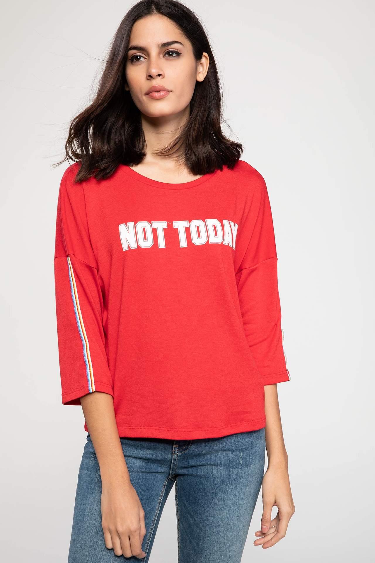 DeFacto Kadın Kolları Şerit Detaylı Uzun Kollu Baskılı T-shirt Kırmızı female