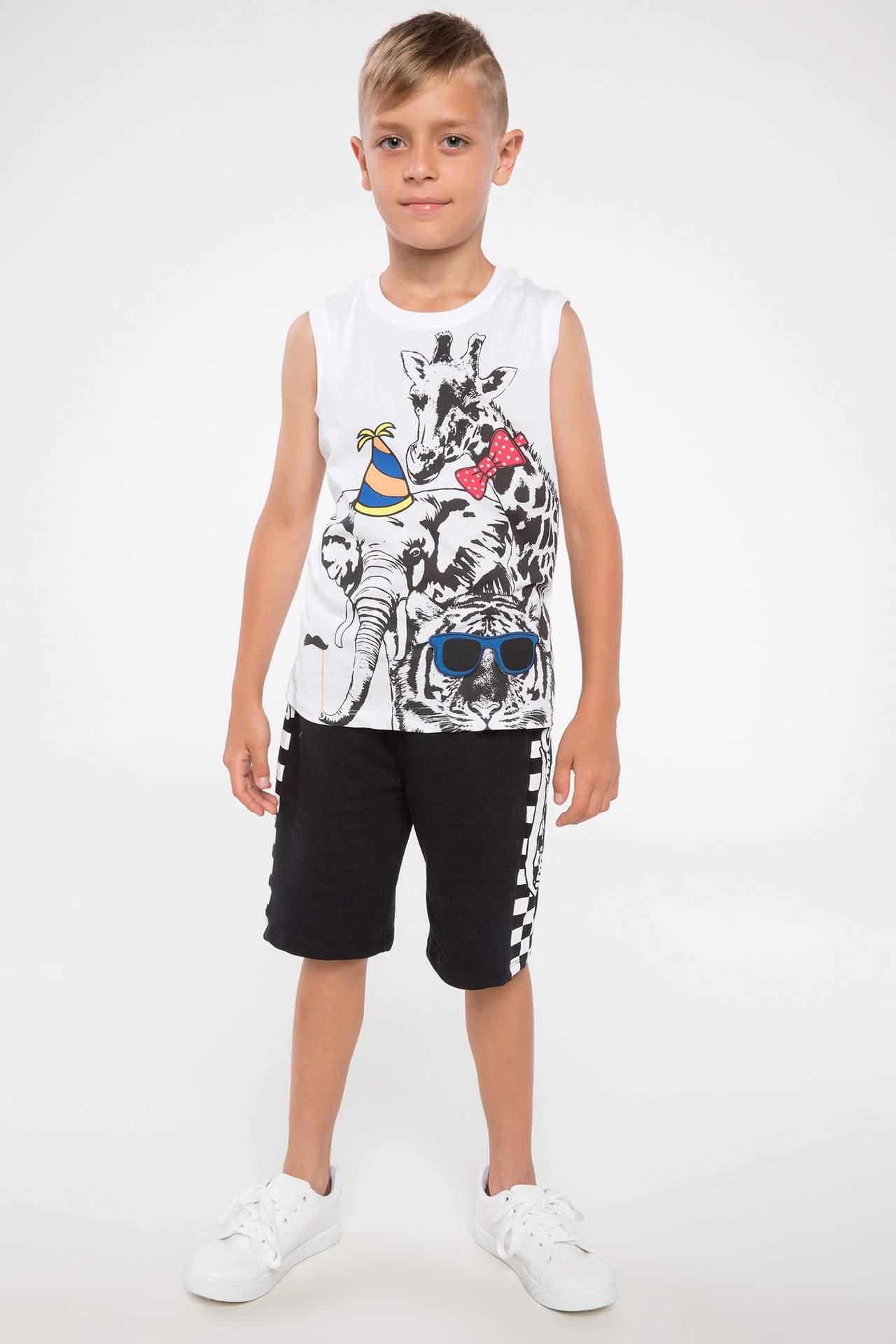 DeFacto Erkek Çocuk Baskılı Bermuda Siyah male