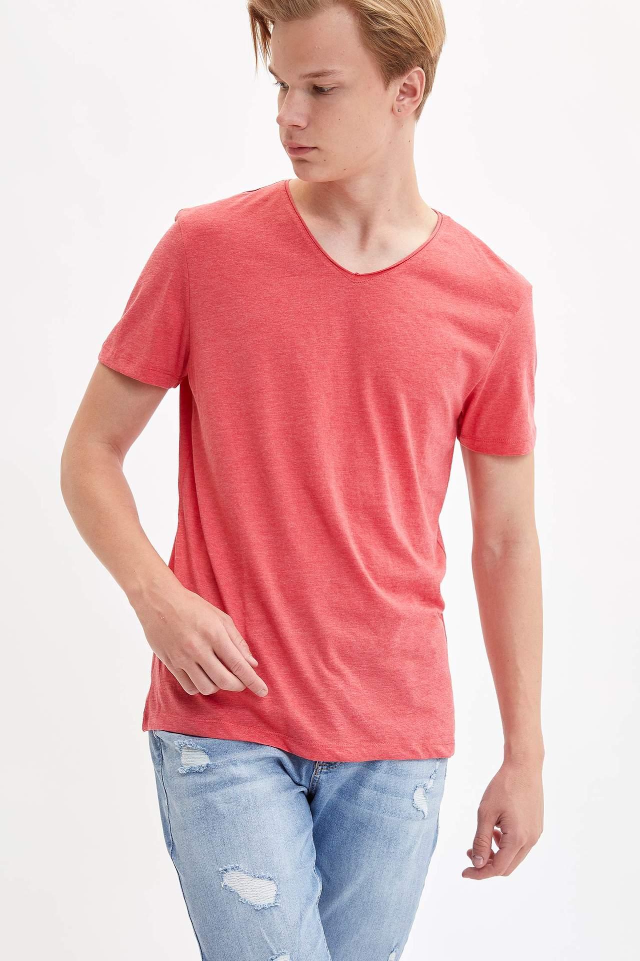 DeFacto Erkek V Yaka Slim Fit T-shirt Kırmızı male