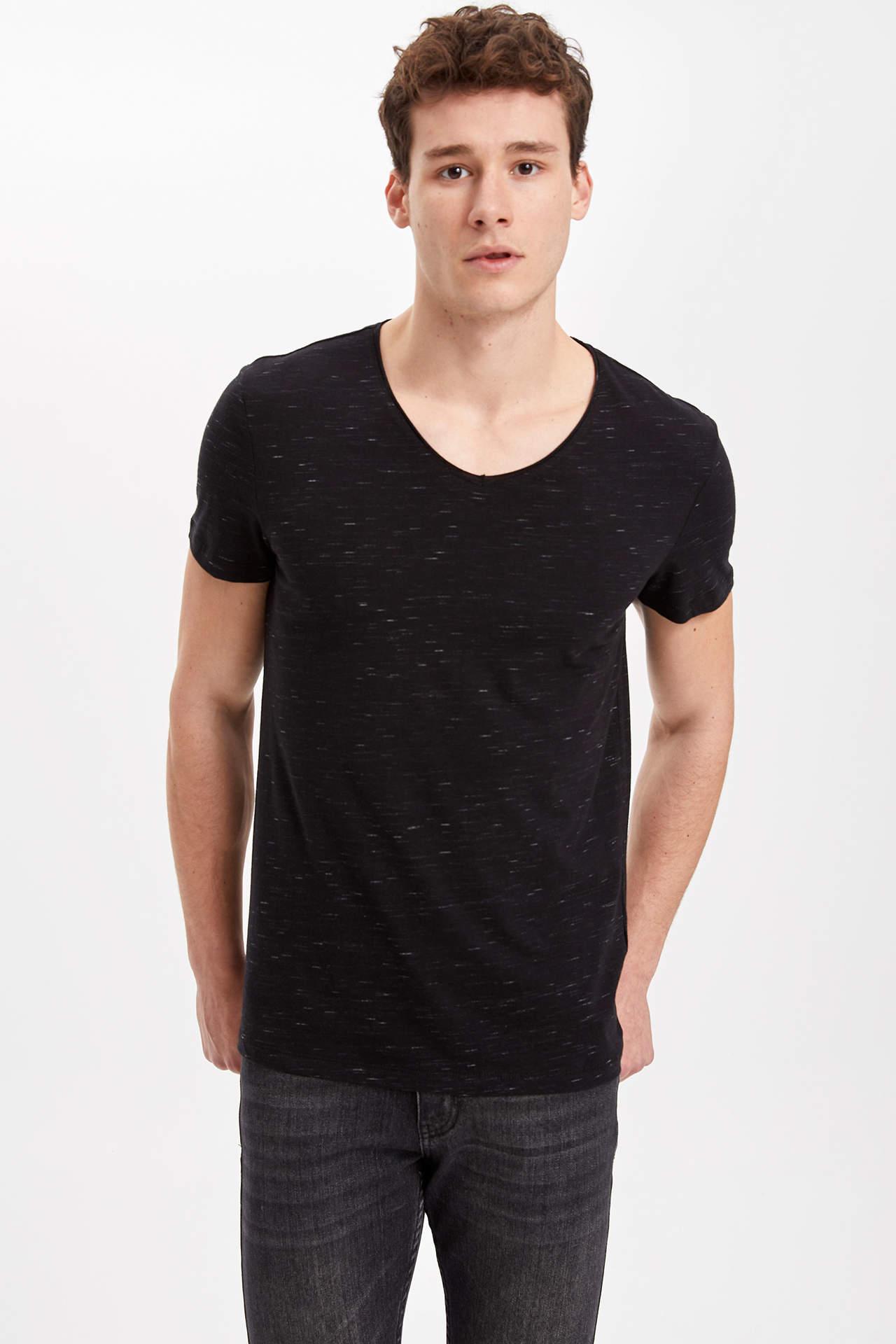 DeFacto Erkek Slim Fit T-Shirt Siyah male