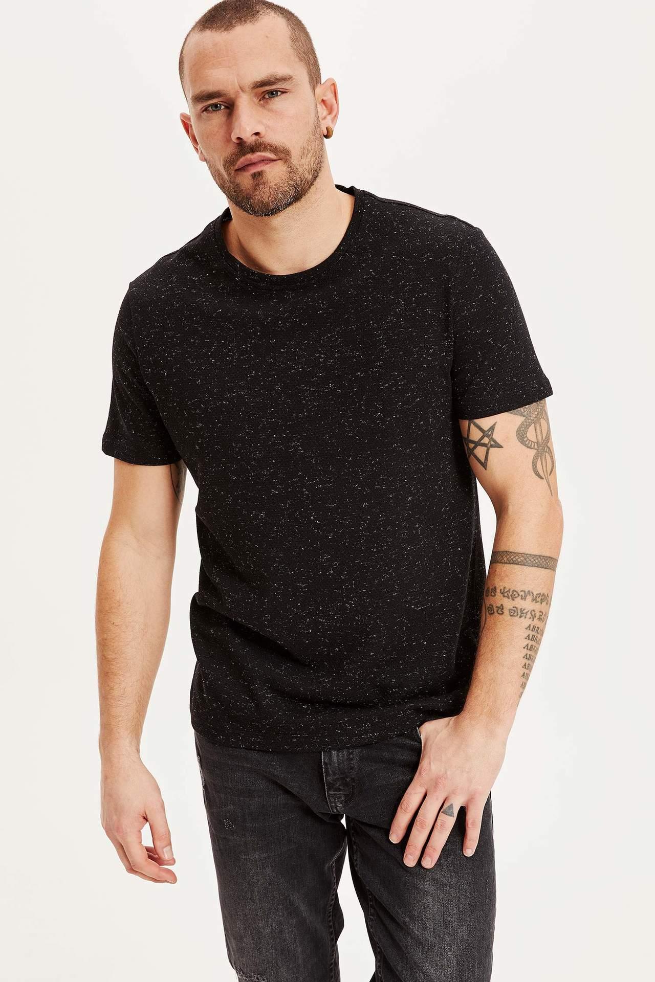 DeFacto Erkek Slim Fit Kısa Kollu T-shirt Siyah male