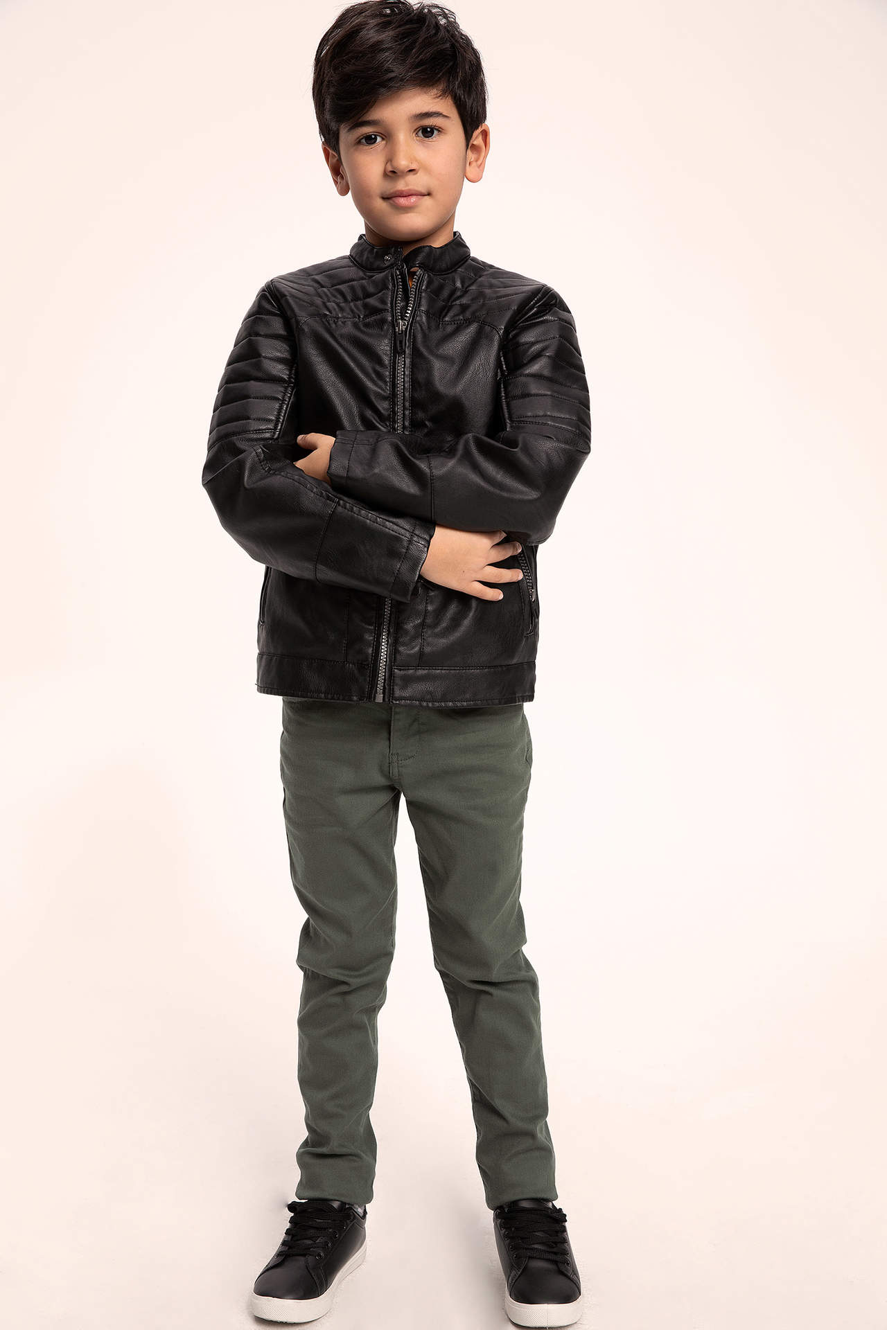 DeFacto Erkek Çocuk Fermuarlı Suni Deri Ceket Siyah male