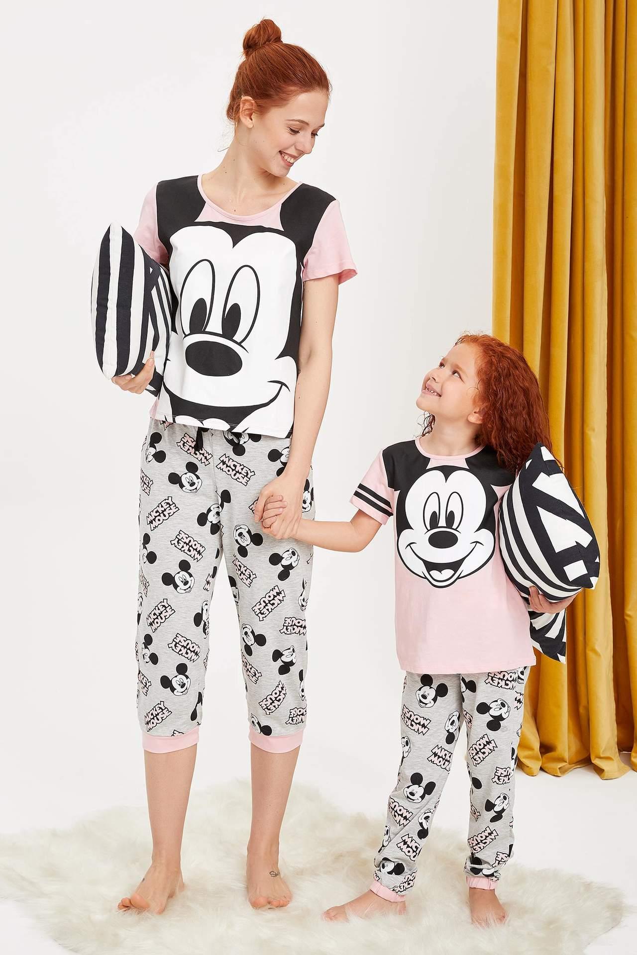 DeFacto Kız Çocuk Walt Disney Lisanslı Pijama Takımı Pembe female