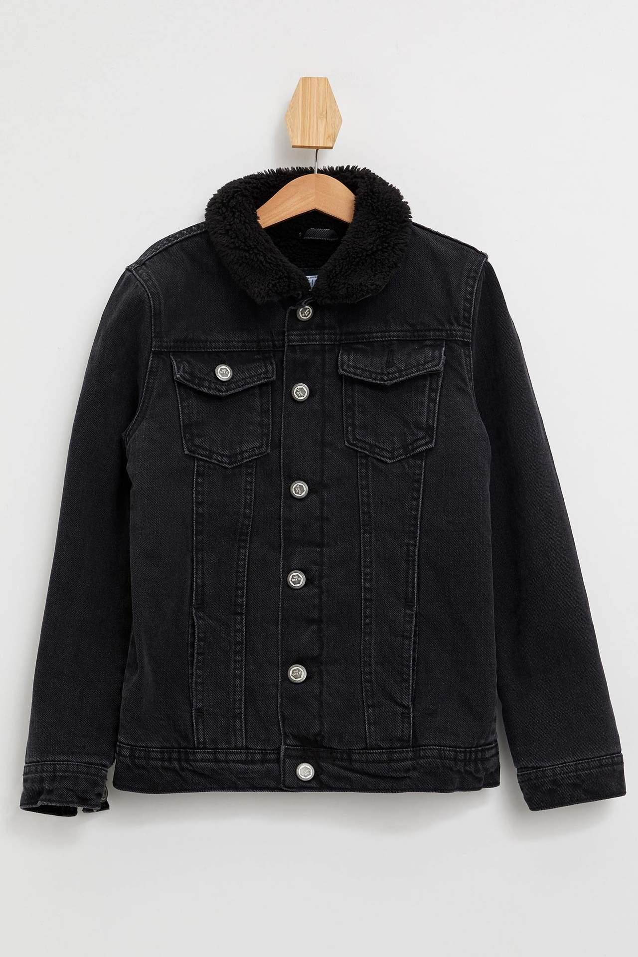 DeFacto Erkek Çocuk Yakası Kürk Detaylı Ceket Siyah male