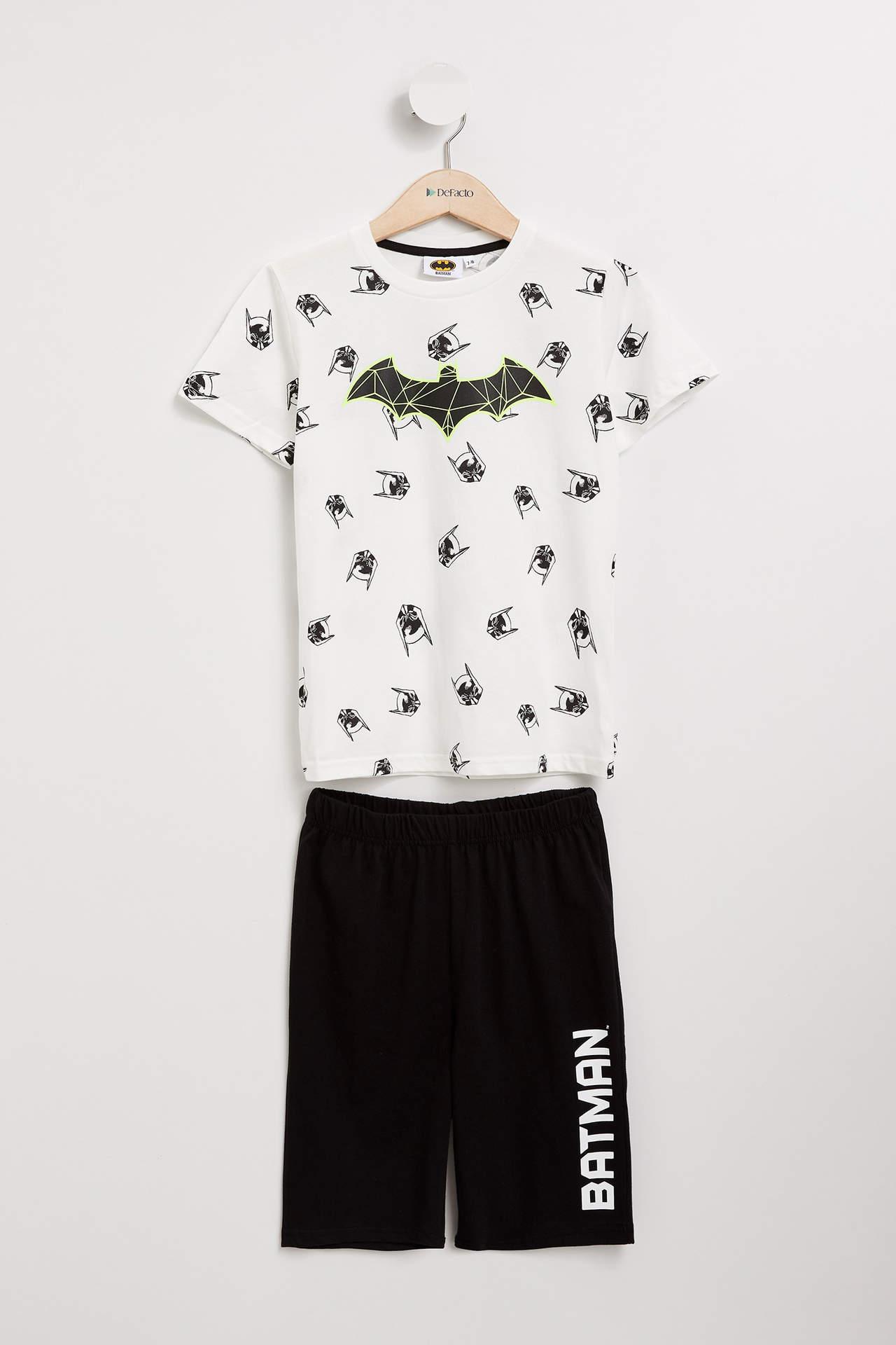 DeFacto Erkek Çocuk Batman Lisanslı Pijama Takımı Beyaz male