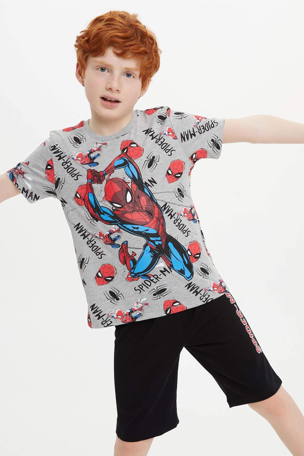 DeFacto Erkek Çocuk Spider-Man Lisanslı Kısa Kollu Tshirt Kapri Takım Gri male