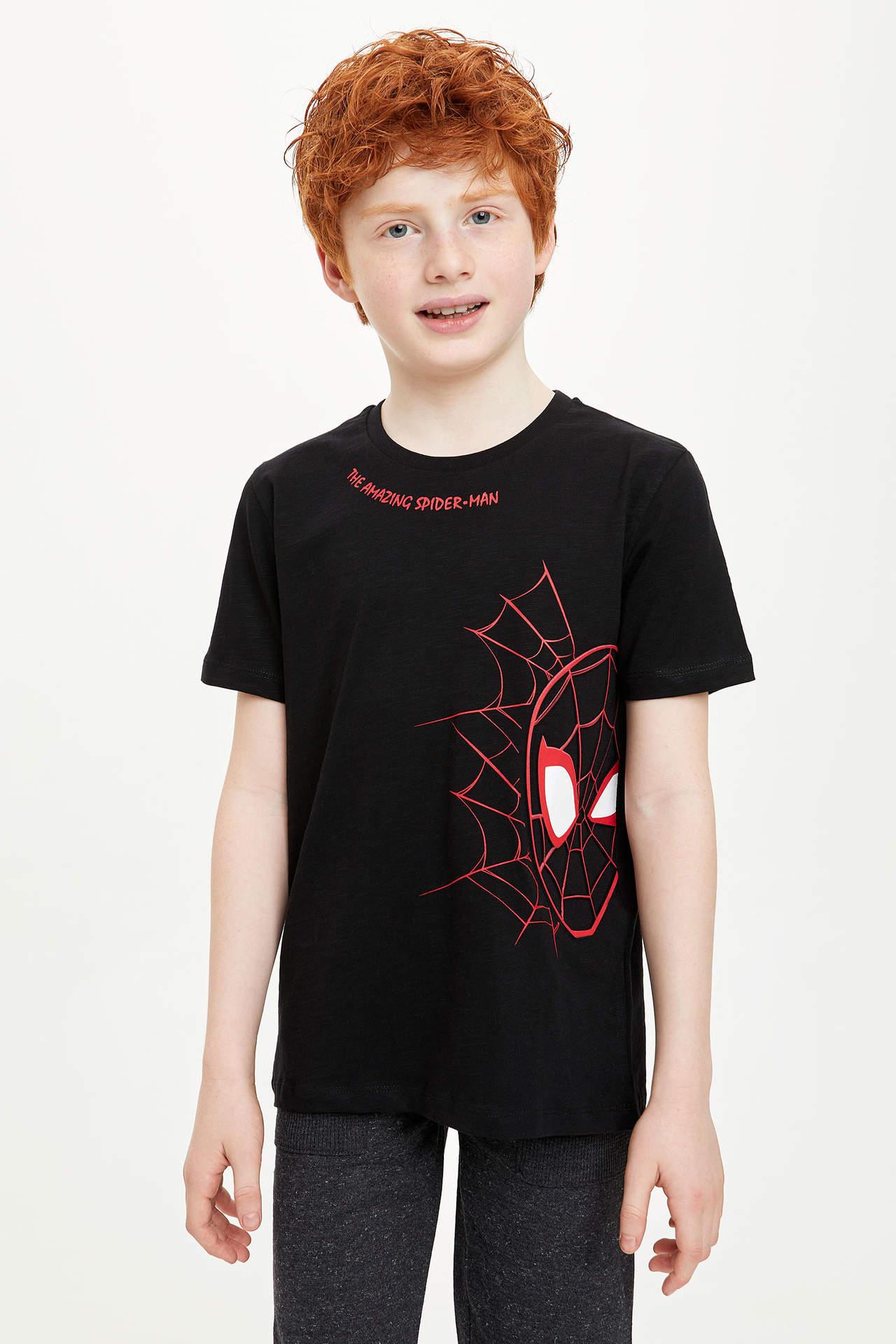 DeFacto Erkek Çocuk Spider-Man Lisanslı Kısa Kollu Tshirt Siyah male