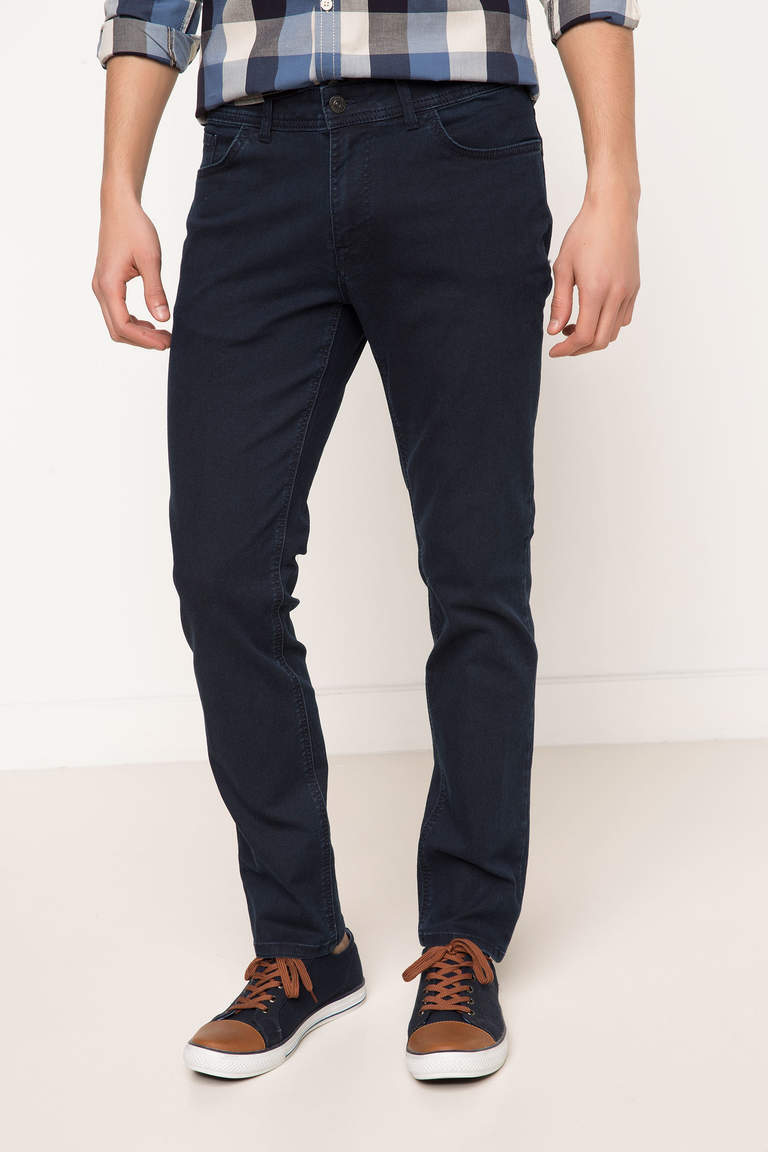 DeFacto Çivit Mavisi Erkek Leo Regular Fit Denim Pantolon 1