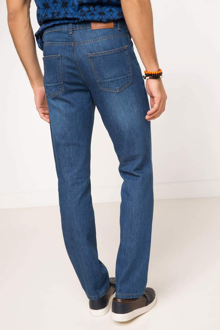 DeFacto Çivit Mavisi Erkek Leo Regular Fit Denim Pantolon 3