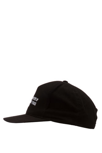 Şapka DeFacto