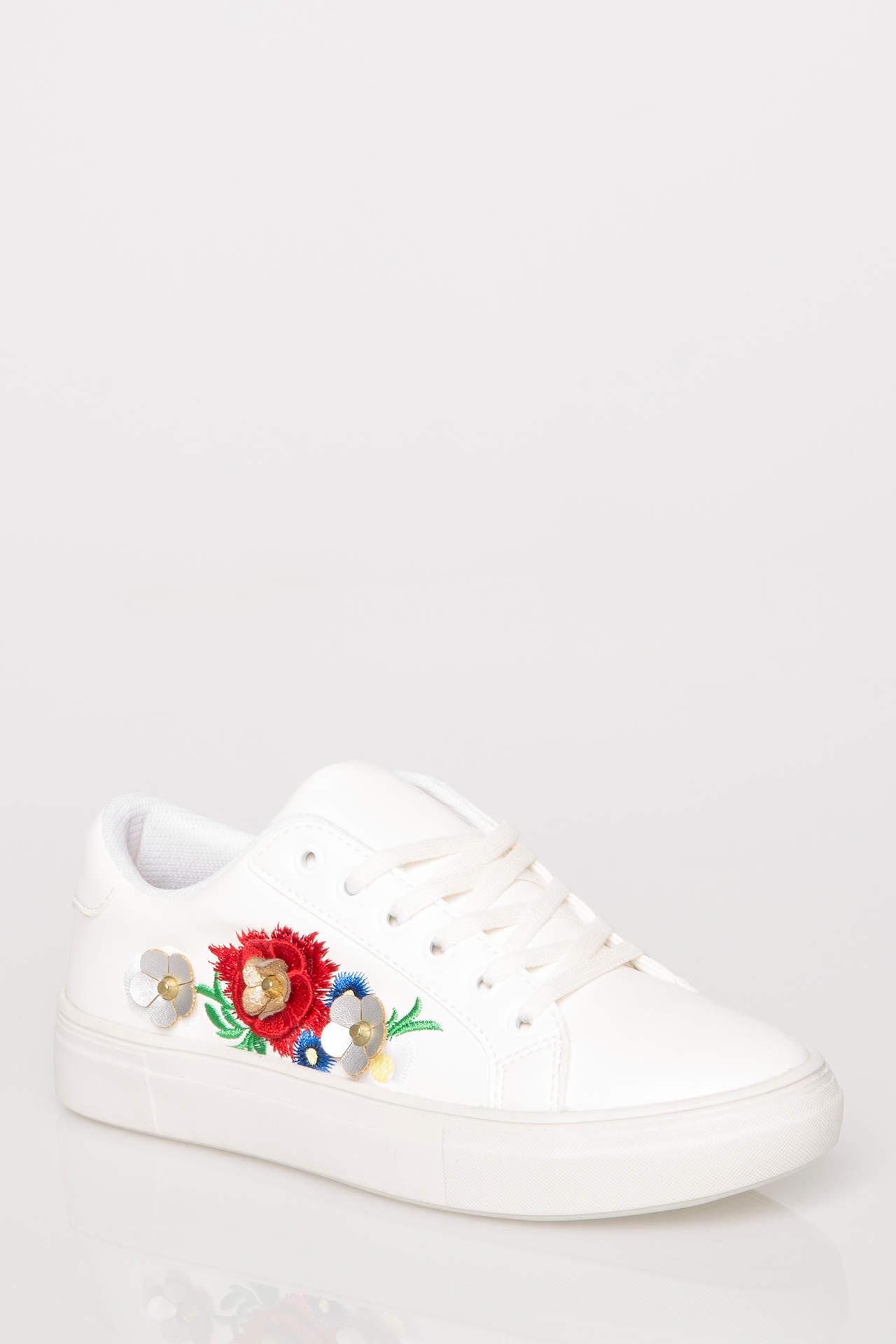 خرید اینترنتی کفش اسپرت دخترانه قرمز برند دفاکتو ( Defacto )