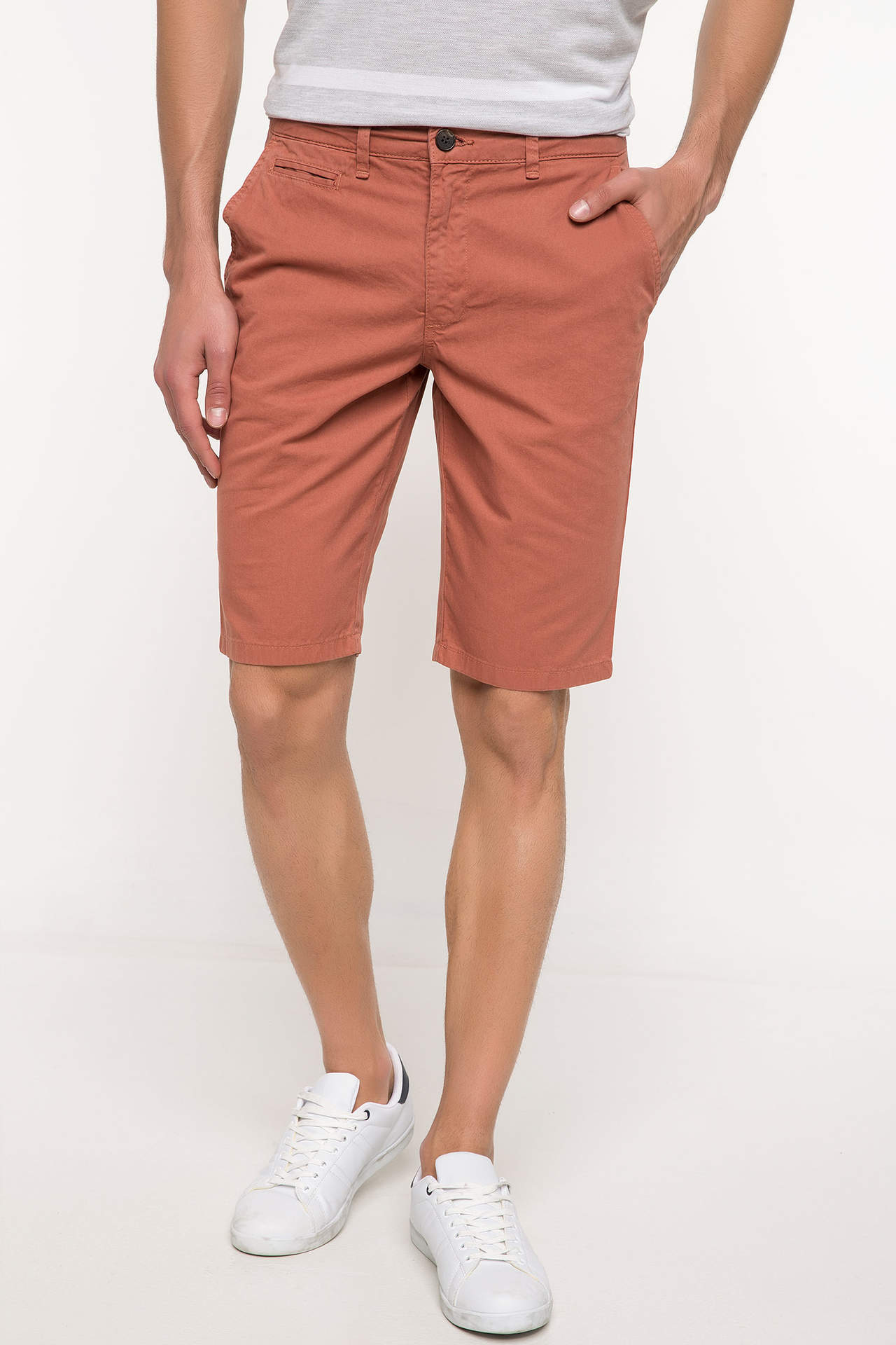 Gabardin Regular Fit Chino Bermuda