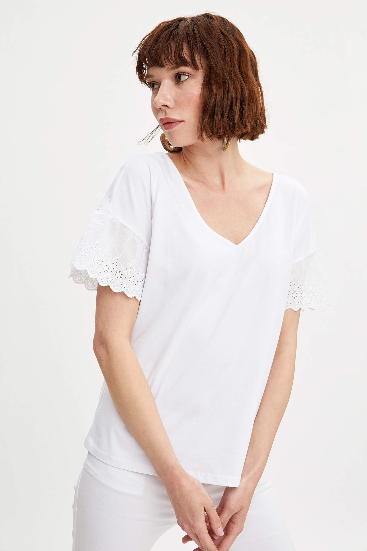 Defacto Kadın Kolları Volanlı T-shirt