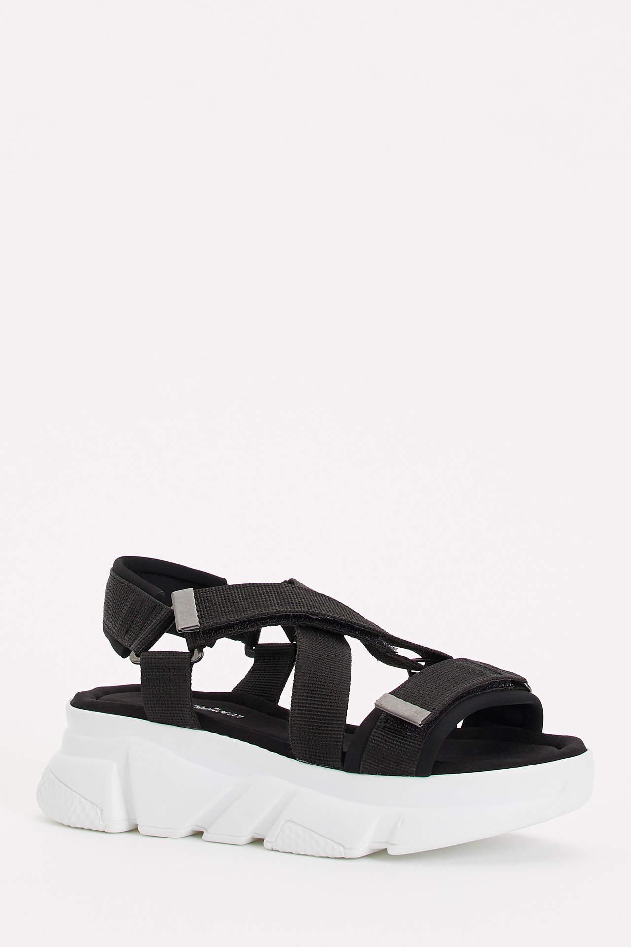 Defacto Kadın Yüksek Taban Sandalet