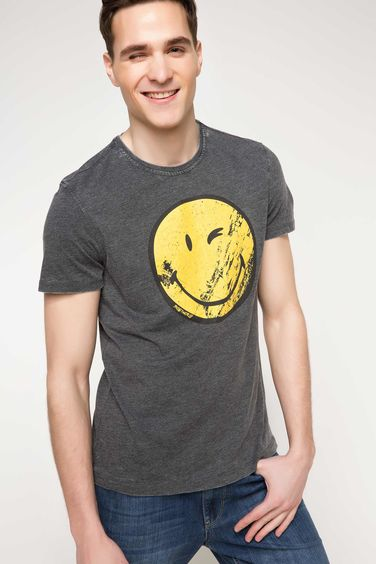 DeFacto Smiley World Lisanslı T-shirt