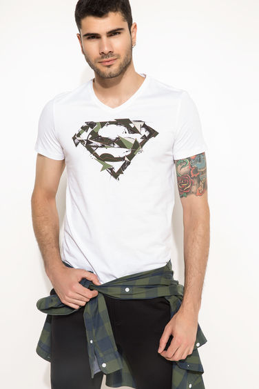 DeFacto Slim Fit Superman Lisanslı T-shirt