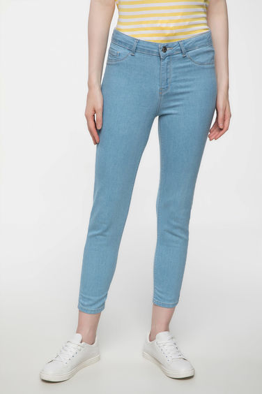 DeFacto Anna Bilek Boy Basic Denim Pantolon