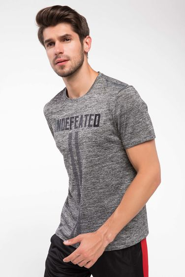 DeFacto Slim Fit Sporcu T-shirt