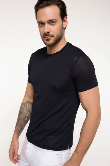 DeFacto Slim Fit T-shirt
