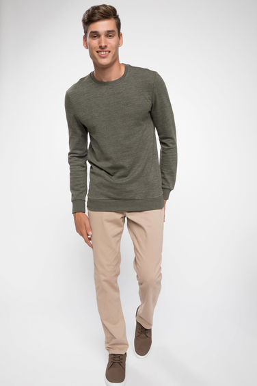 DeFacto Modern Fit Basic Sweatshirt