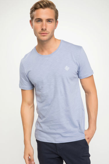 DeFacto Basic Slim Fit T-shirt