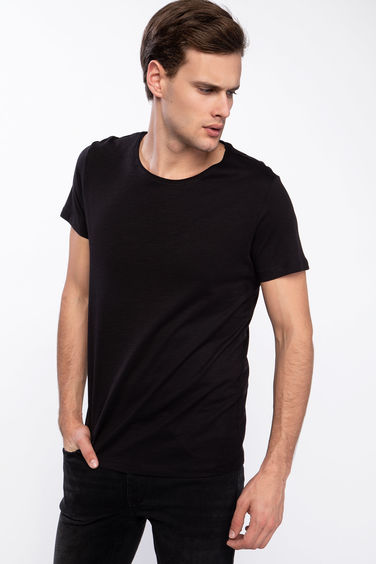 DeFacto Slim Fit Basic T-shirt