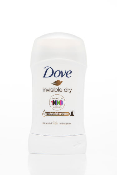 DeFacto Dove Invisible Dry Roll-on