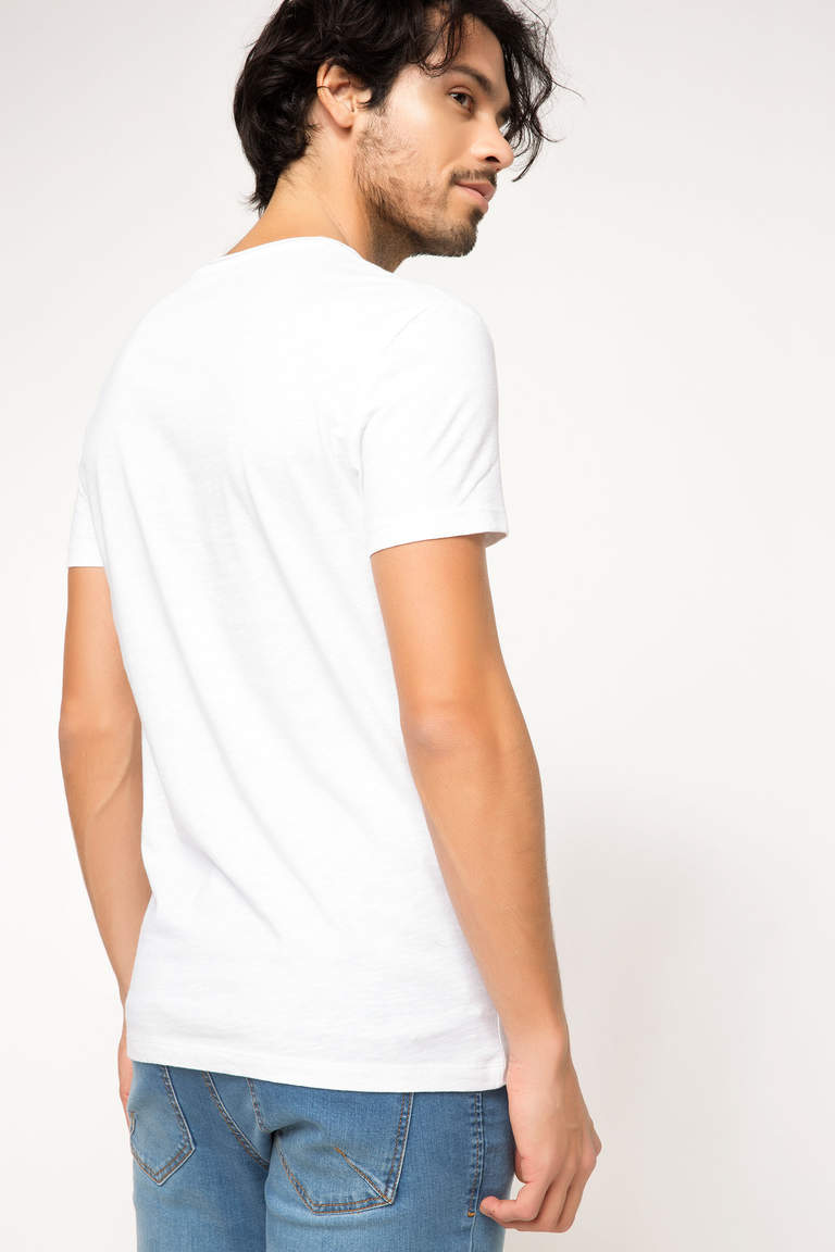 Basic V Yaka T-shirt