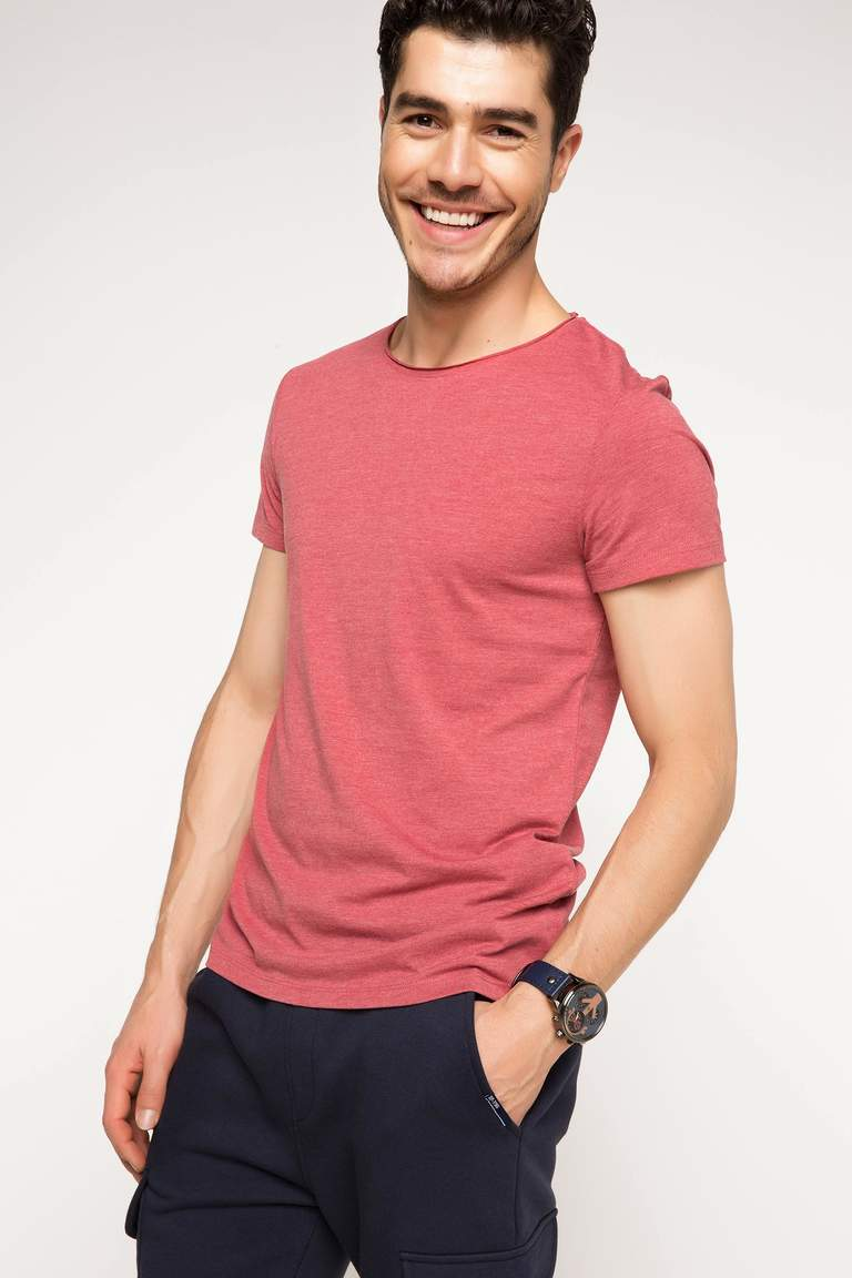 DeFacto Bordo Erkek Ekstra Slim Fit Basic T-shirt 1