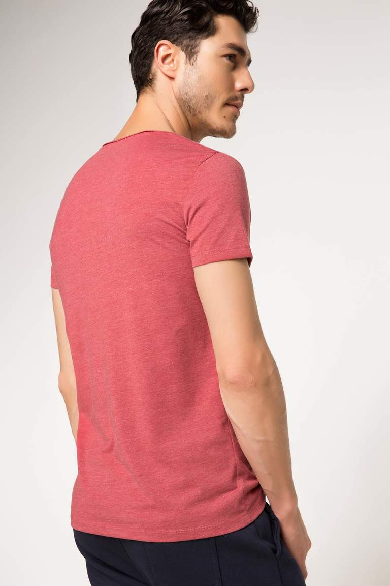 DeFacto Bordo Erkek Ekstra Slim Fit Basic T-shirt 3