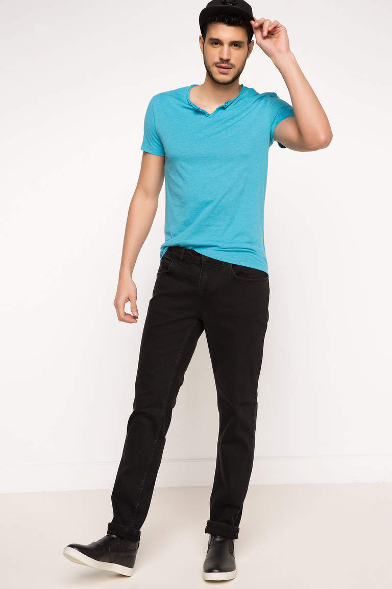 Basic Ekstra Slim Fit T-shirt