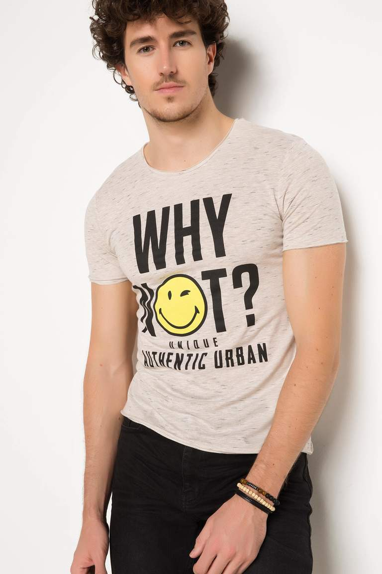 DeFacto Bej Erkek Smiley World Lisanslı T-shirt 1