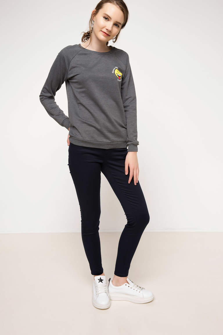 DeFacto Antrasit Kadın Smiley World Lisanslı Sweatshirt 2