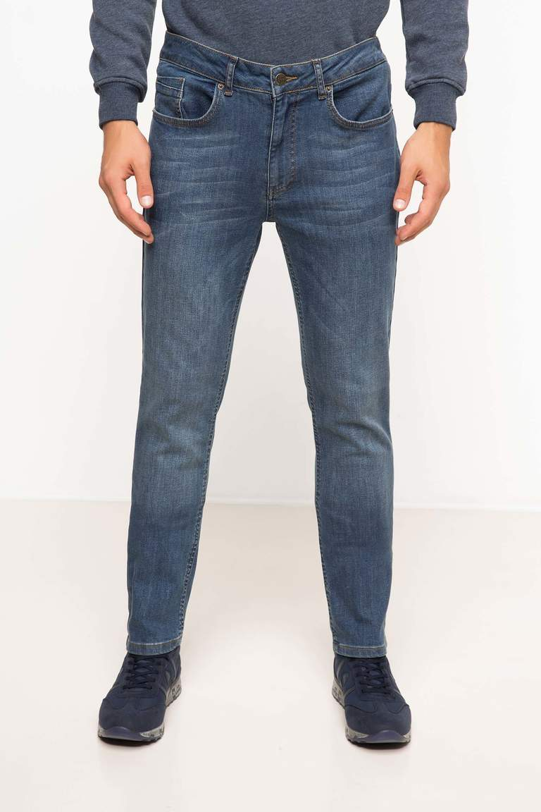 DeFacto Karma 3 Erkek Slim Fit Denim Pantolon 2