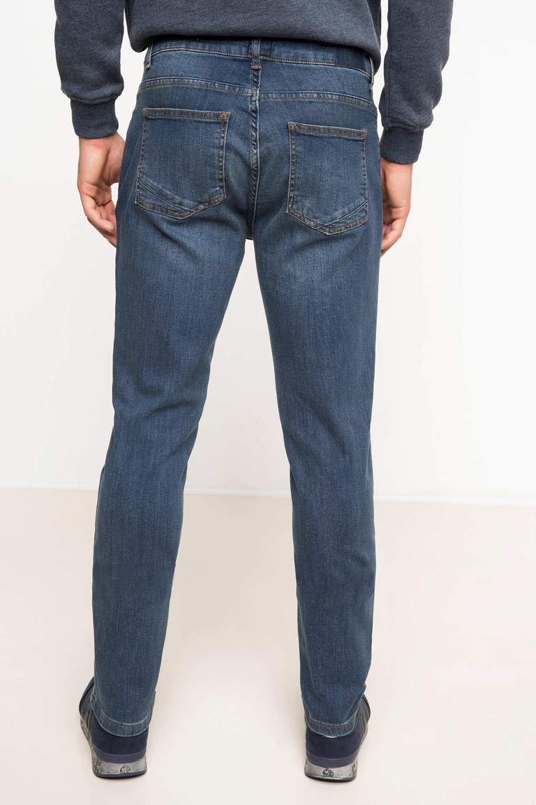 DeFacto Karma 3 Erkek Slim Fit Denim Pantolon 3