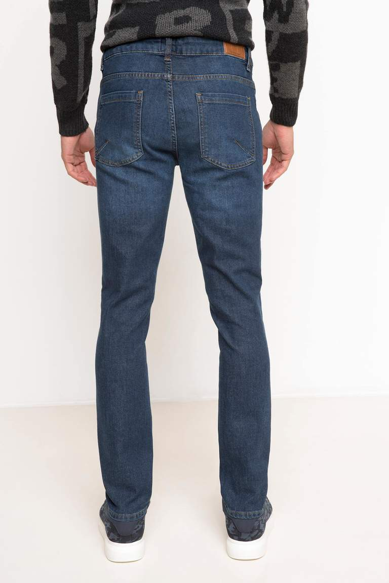 DeFacto Karma 3 Erkek Paco Slim Fit Denim Pantolon 3
