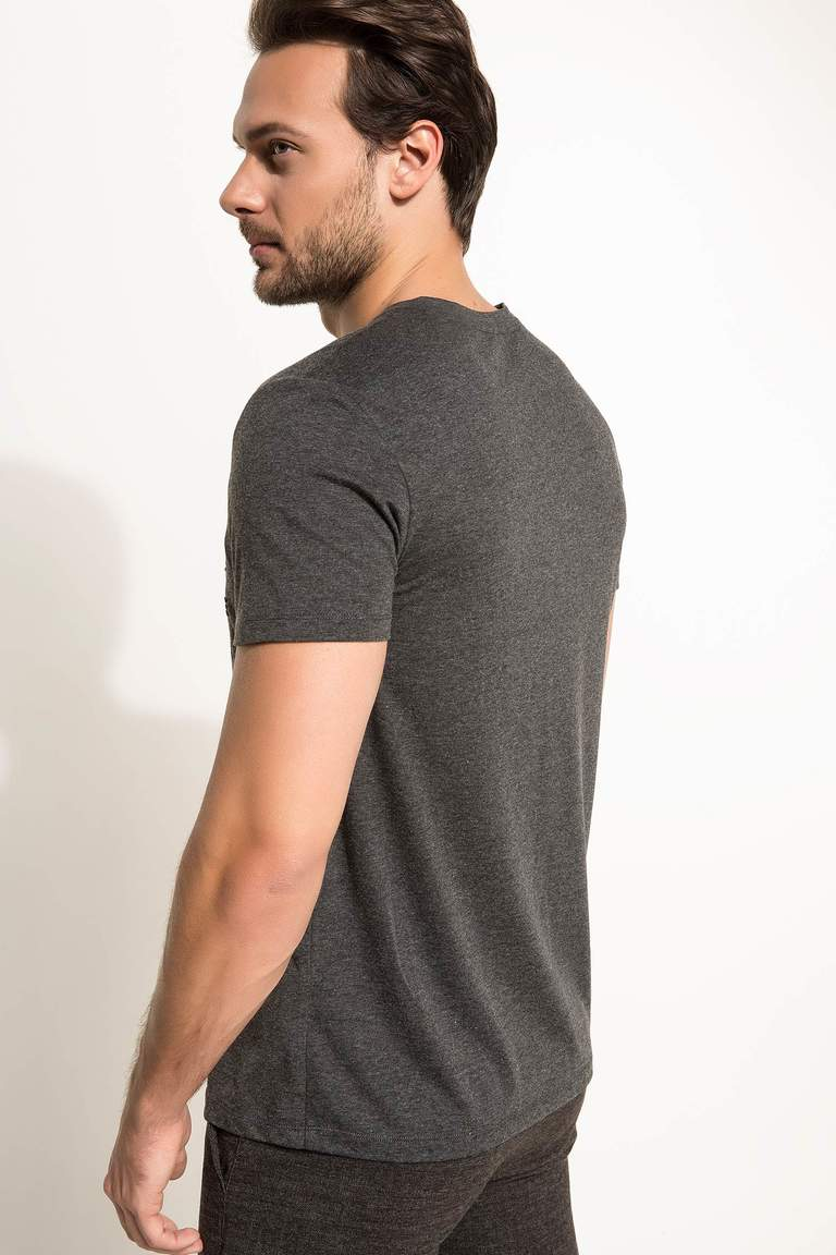 DeFacto Antrasit Erkek Regular Fit T-shirt 4