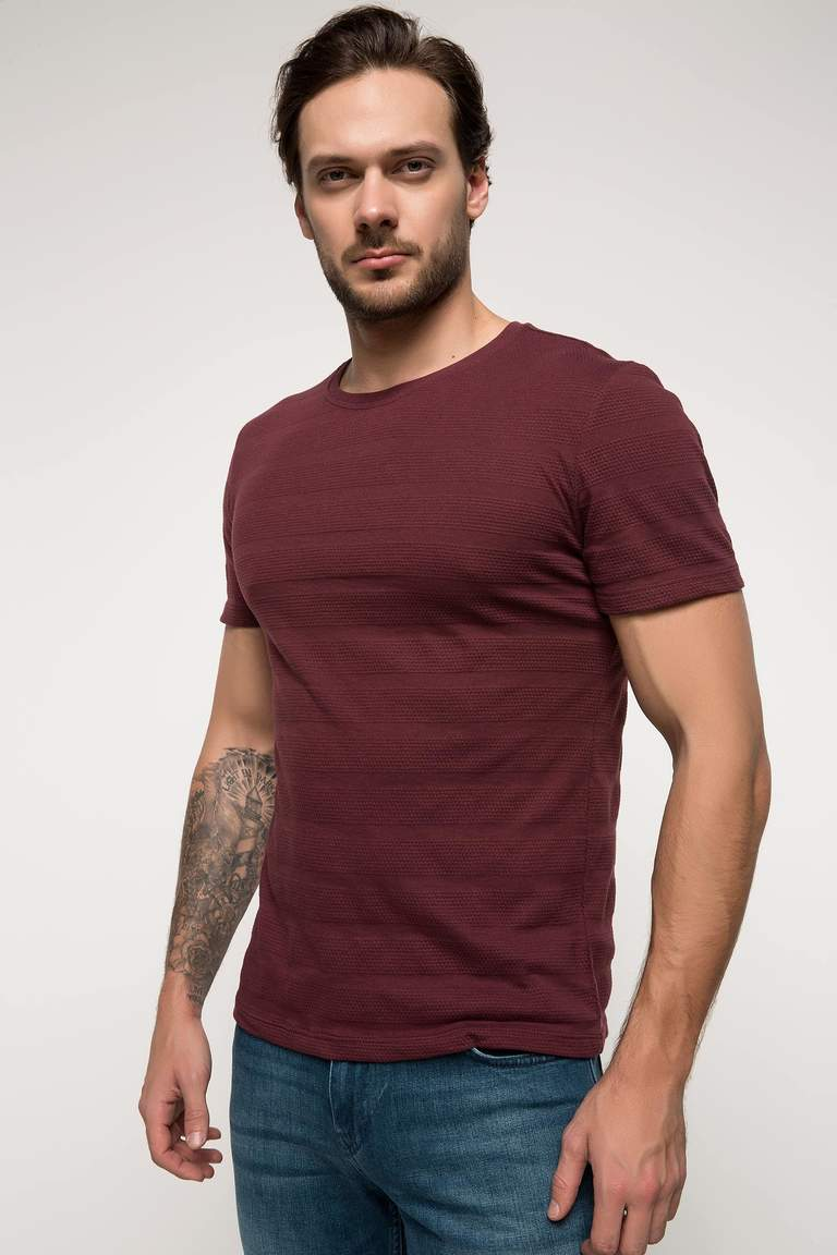 DeFacto Bordo Erkek Slim Fit T-shirt 1