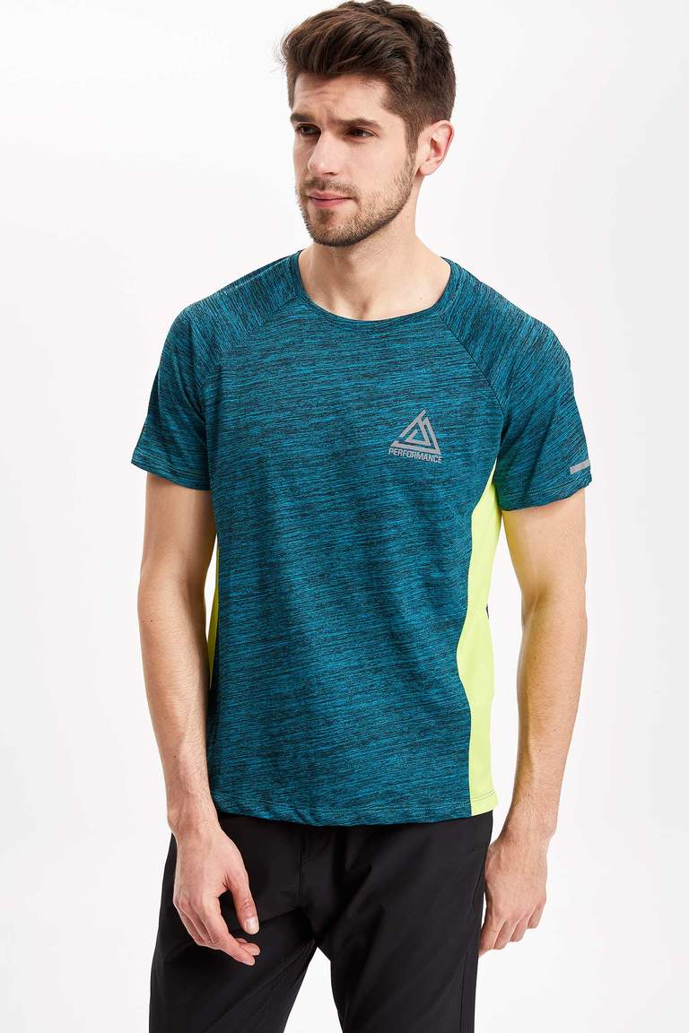 Bisiklet Yaka Regular Fit Sporcu T-shirt