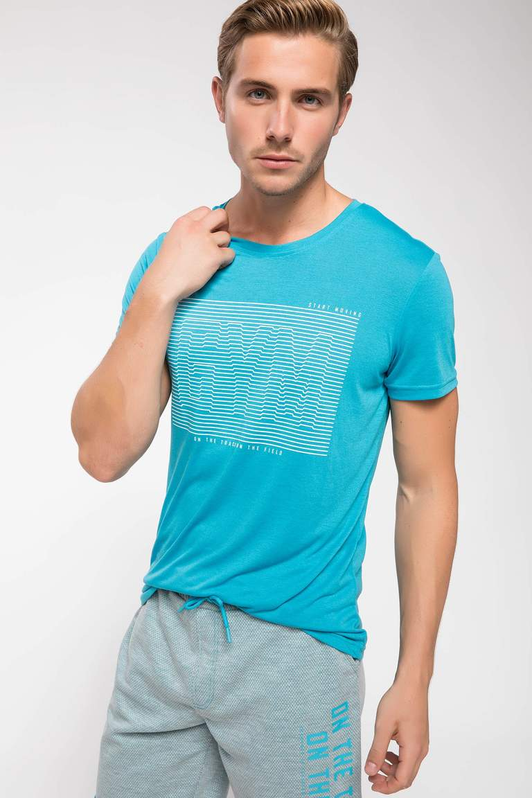 3D Baskılı Slim Fit Sporcu T-shirt