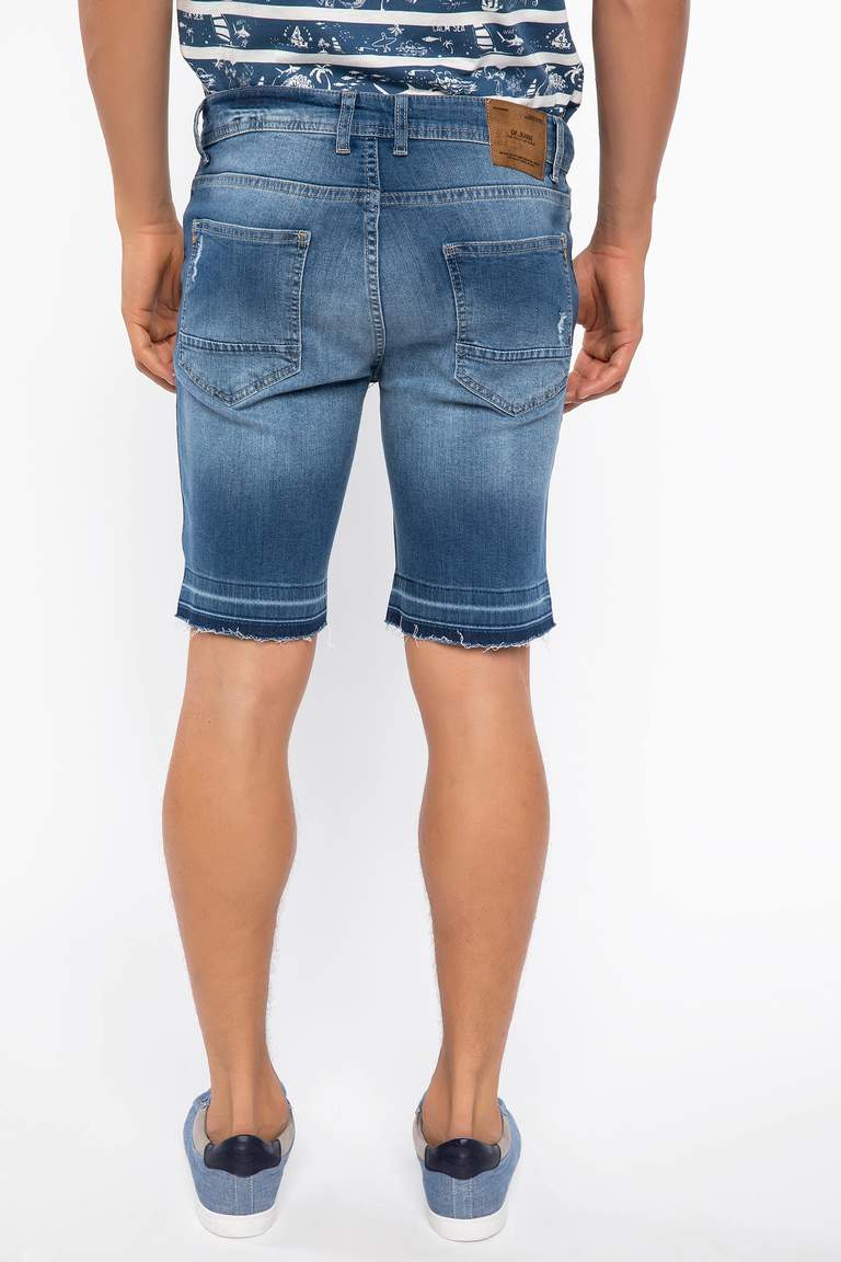 Slim Fit Jean Bermuda