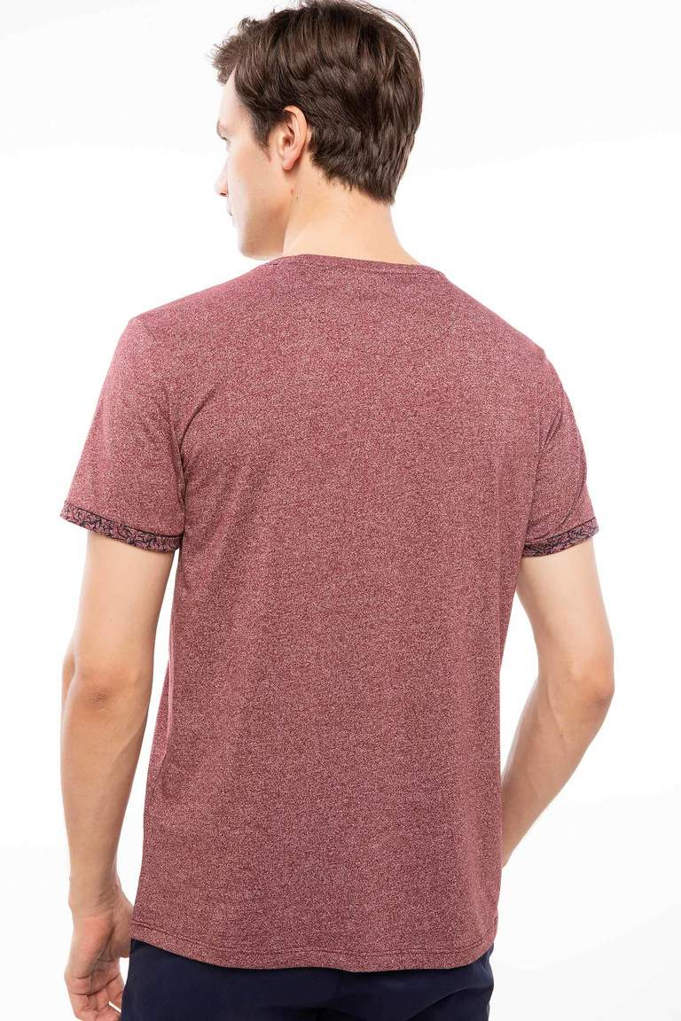 DeFacto Bordo Erkek Regular Fit Tek Cep T-Shirt 4