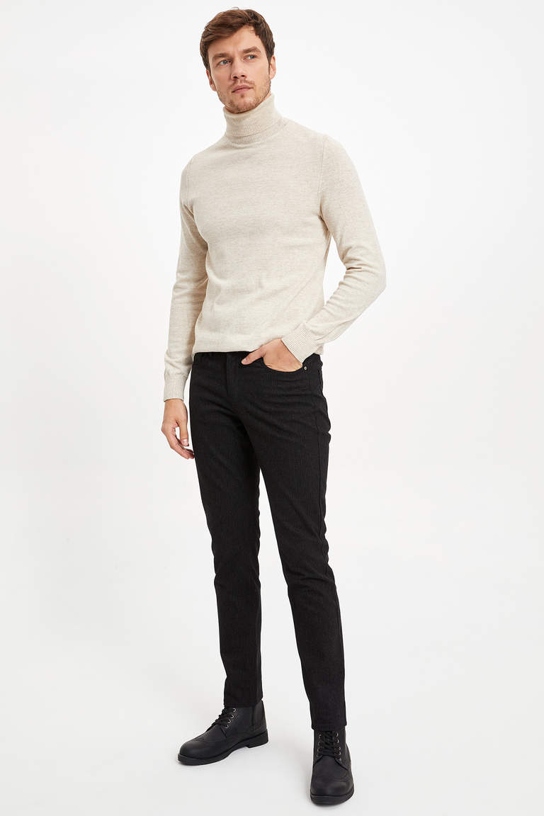 Slim Fit Çizgili Pantolon