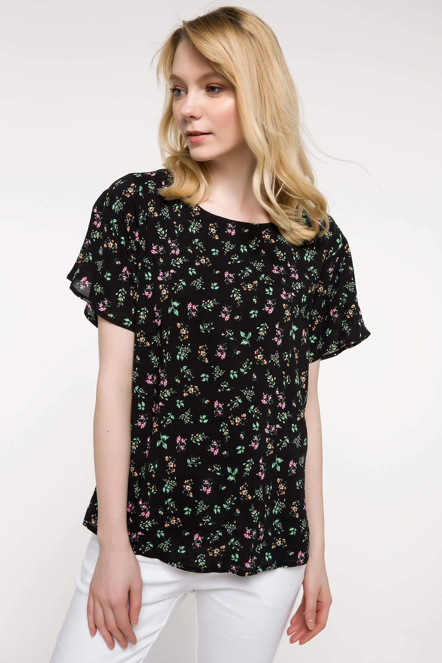 7c158320f976e Siyah Kadın Kolları Volan Detaylı Çiçek Desenli Bluz 841656 | DeFacto